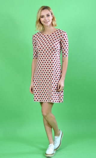 Robe Phil Twins CoraiI, silhouette of the sixties: round neckline, elbow sleeves, petite and loose build,