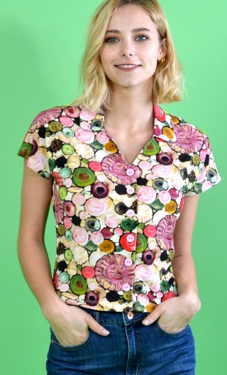 Top School One Soap Opera, printed, short collar, short, buttoned