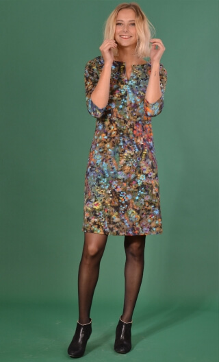 Robe La Nièce de Vania Painter's Palette , printed stretch dress, trapeze skirt, knee length, ¾ sleeve.