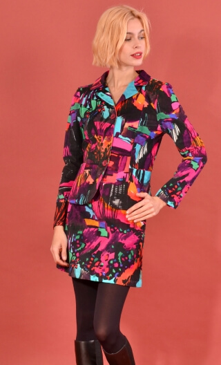 Veste Madame à Paris Cottage Fushia, printed velvet jacket, fitted, collar and lapels, pockets, unlined.