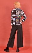 Veste La Croisette London, Stretch printed jacket, straight and short, with collar, slit back, patch pockets