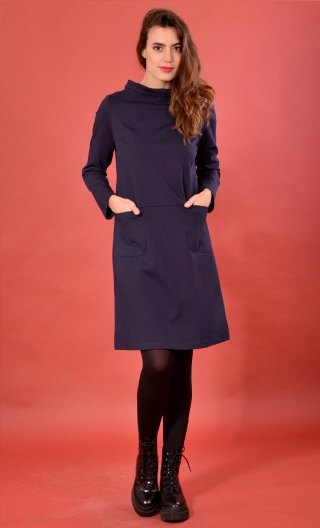 Robe St Germain Milano Marine, Robe maille unie, col montant, chaude et très confortable, manches longues.