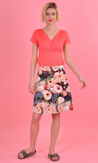 Jupe Swan Monet, A-line printed skirt just above the knee, zipped at the back.