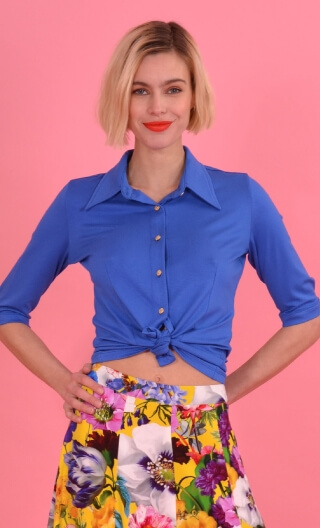 Chemise Sagan Basiques Raffinés Blue, Plain jersey shirt, waisted, pointed collar, 3/4 sleeve with wrist. Seventies.