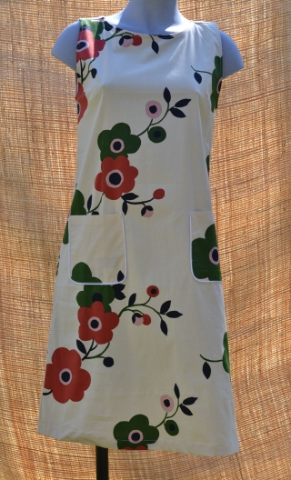 Robe Lady Naïve, Three-hole printed dress, knee, trapeze, patch pockets, short