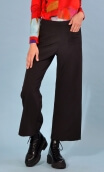 Pantalon Fred Urban Chic, Black trousers wide and a little short, stretch, high waist, flat profile, zip side, patch pockets ba