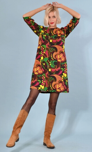 Robe Jess Turtles, Printed stretch dress, trapeze skirt, above the knee, 3/4 sleeve.