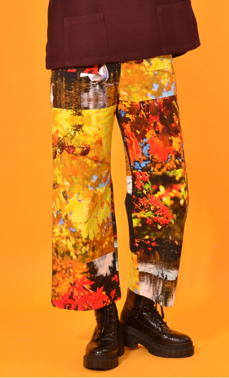 Pantalon Gus Petites Rivières, printed trousers, wide and a little short, stretch, flat profile, zip side, patch pockets back an
