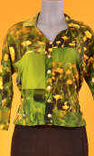 Top Hermione Boutons d'Or, Printed crepe top, faux-buttoned, loose, small collar and 3/4 sleeve.