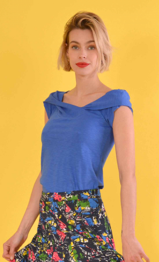 Top Chachacha Flamed Cotton Blue, Top glamorous, cap sleeves, slightly loose, off plunging neckline, embellished with