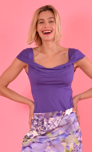 Top Nijinski. Basiques Raffinés. VioletTop Nijinski Basiques Raffinés violet,Glamorous sleeveless top, fitted, with plunging boa