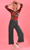 Pantalon Fred in green Serie B , Wide plain trousers, ankle length, stretch, side zip, urban chic, french style.